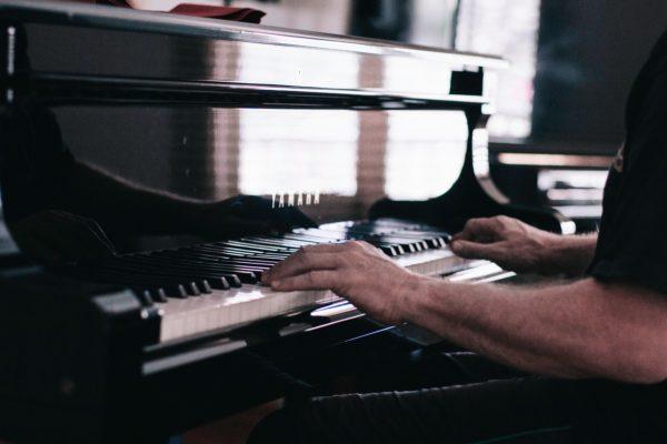 Ethan-Kind-alexander-technique-musician-injuries-albuquerque
